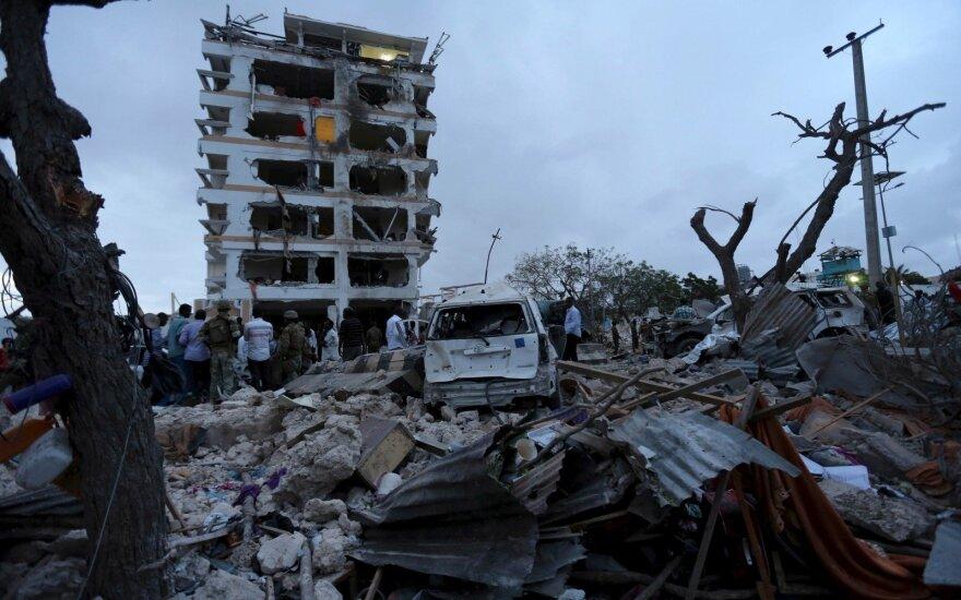 """Per JAV aviacijos antskrydį Somalyje nukauti aštuoni """"Al Shabaab"""" nariai"""