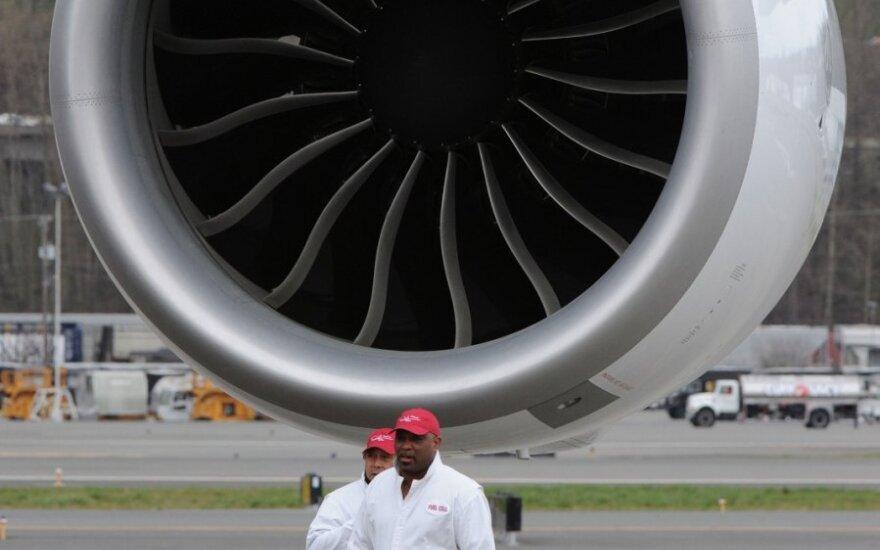 """""""Emirates"""" įsigis """"Boeing"""" orlaivių už 18 mlrd. dol."""