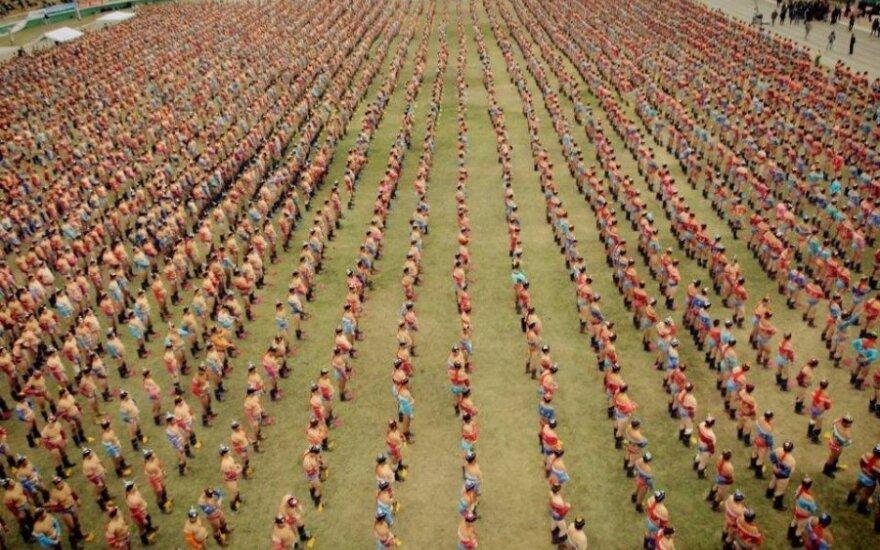 6000 imtynininkų