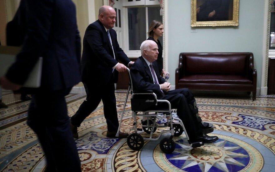 Johnas McCainas