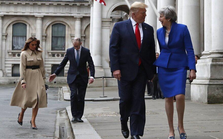 Donaldas Trumpas, Theresa May