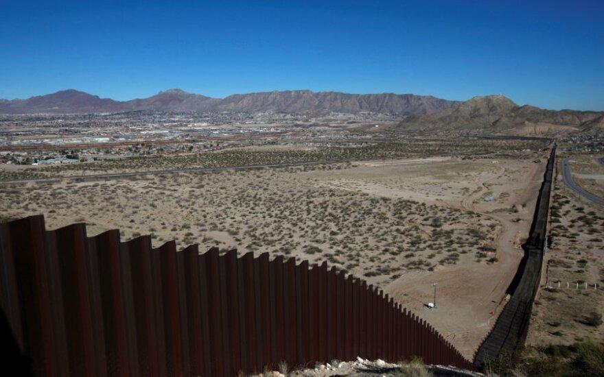 Meksikos ir JAV pasienis