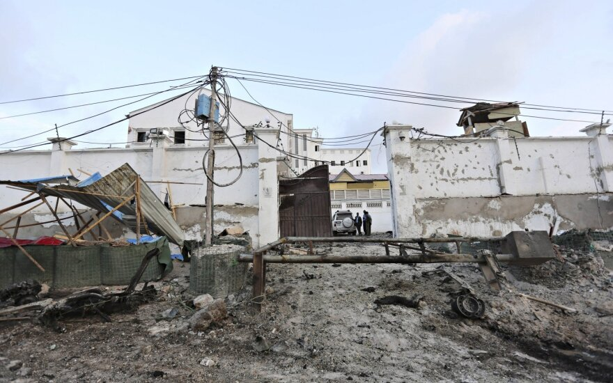 """JAV kariuomenė praneša, kad per antskrydį Somalyje nukautas aukšto rango """"al Shaab"""" vadas"""