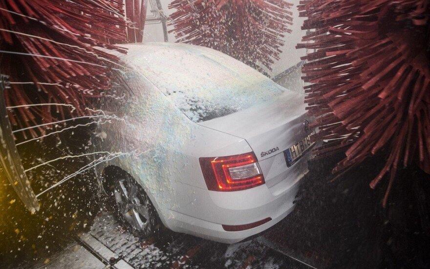 Automobilių plovykla (asociatyvi nuotr.)