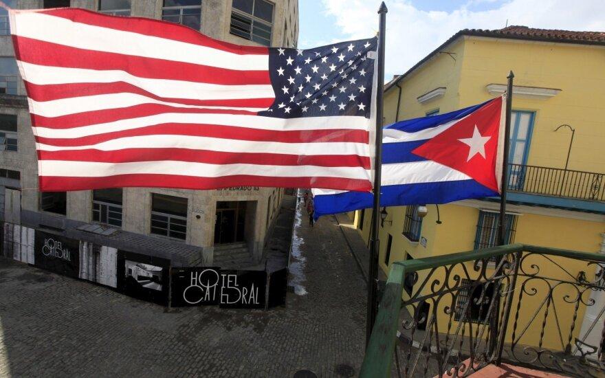 JAV-Kuba: penkios šimtmetį užsitęsusių įtemptų santykių datos