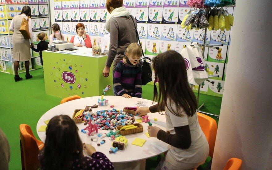 Savaitgalio planas visai šeimai: nuo kino filmų ir robotų iki specialistų paskaitų apie vaikų sveikatą bei lavinimą