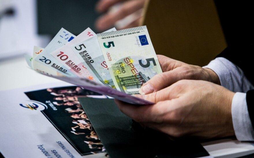 """Kada išgirsime lemiamą """"taip"""" dėl euro?"""