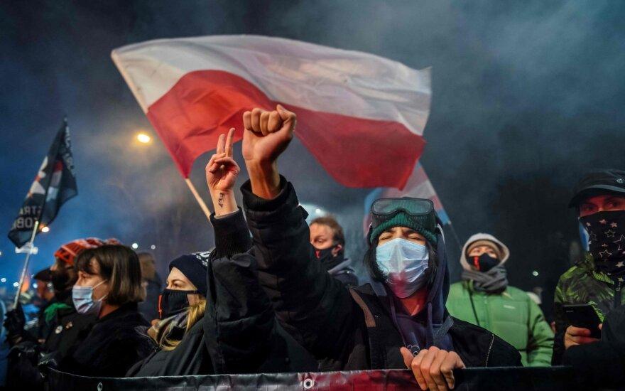 Protestas Lenkijoje prieš nuosprendį, ribojantį abortų teises