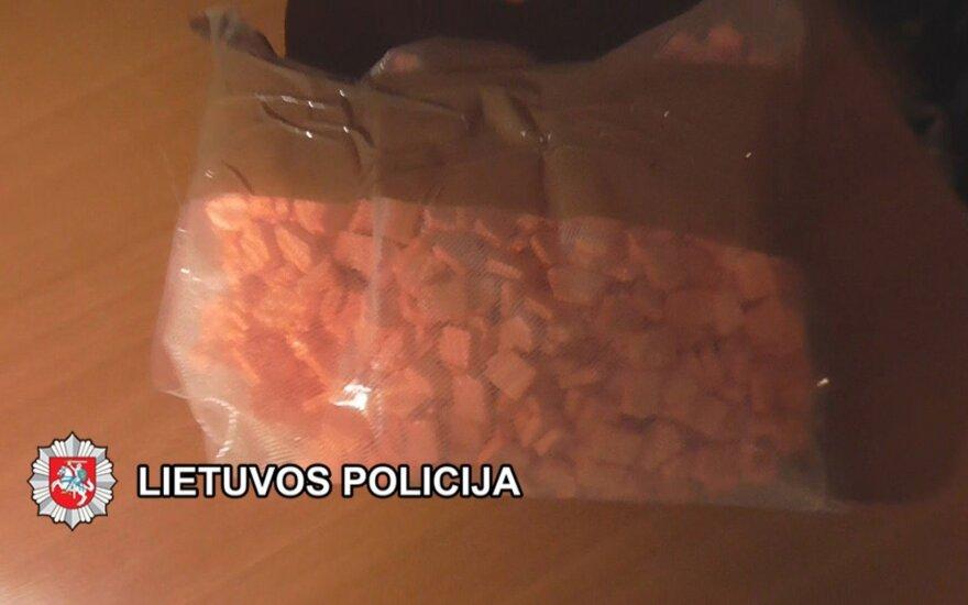 Palangoje ir Klaipėdoje, įtariama, narkotikus platino jaunas mažeikiškis