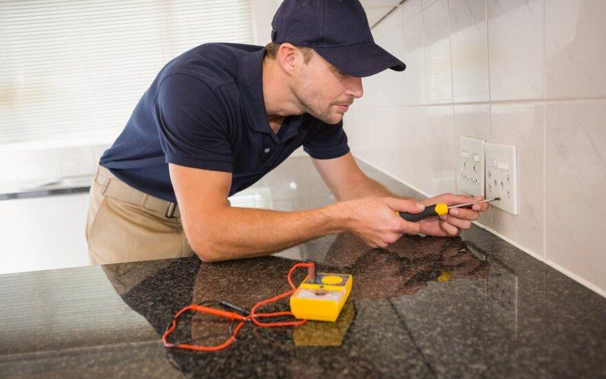 6 elektrikų mėgėjų klaidos – jų vis nepaliauja kartoti
