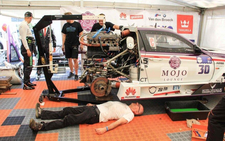 Mojo Lounge Racing keičia variklį