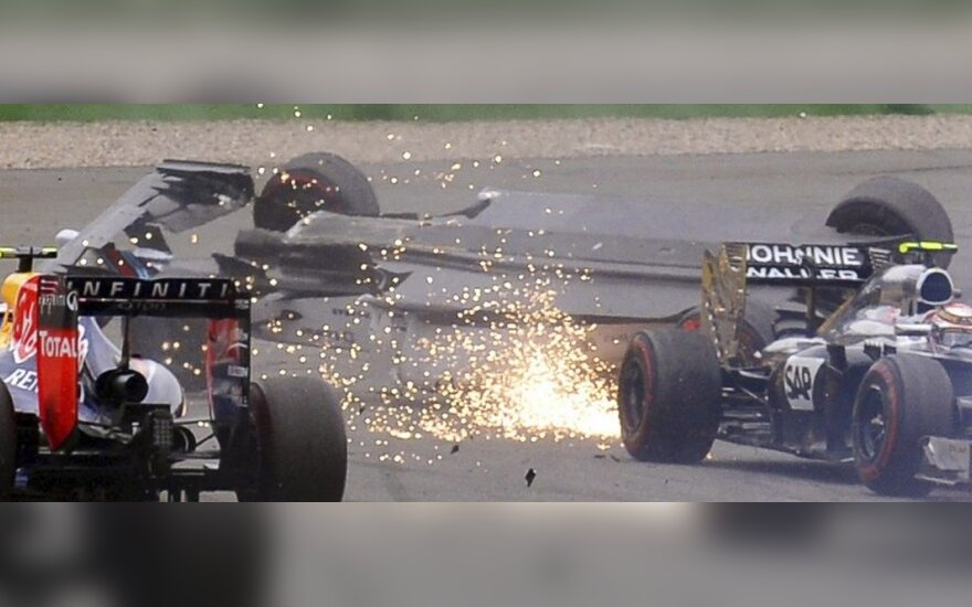 Felipe Massos ir Kevino Magnusseno avarija