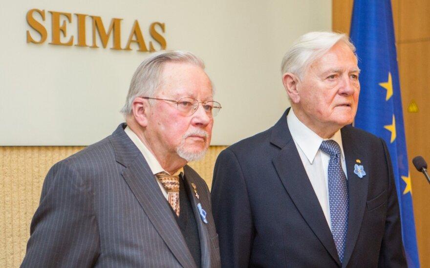 Vytautas Landsbergis, Valdas Adamkus