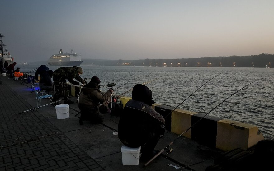 Į Klaipėdą plaukia nedidelis SGD krovinys iš Vysocko