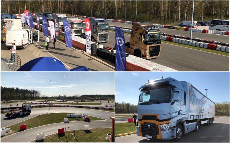 """Varšuvos Tor Modlin automobilių trasoje vyko """"Volvo"""" ir """"Renault"""" vilkikų bandomieji važiavimai."""