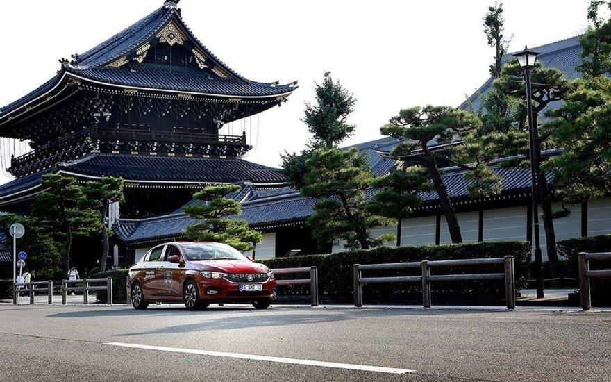 """""""Fiat Tipo"""" Japonijoje"""