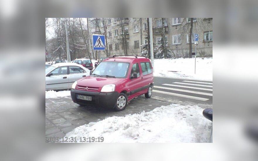 Vilniuje, V.Grybo g. 32a. 2009-12-31, 13.19 val.
