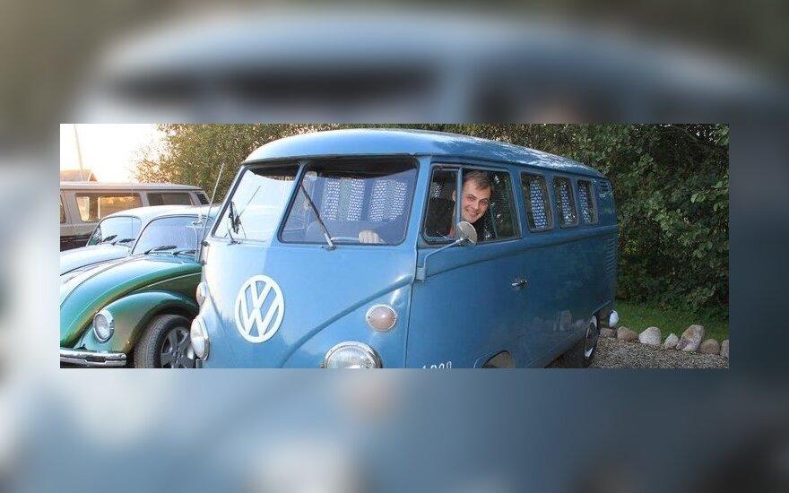 Edgaras Gečas su bičiulio Volkswagen T1