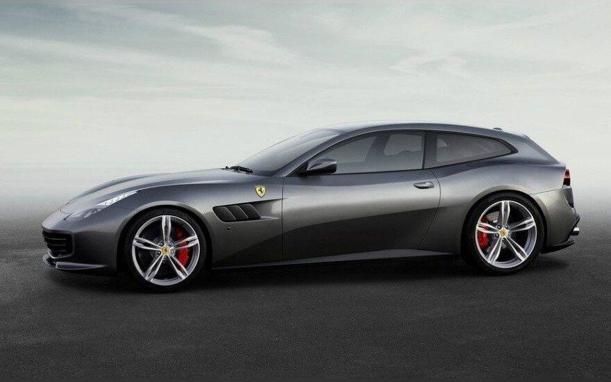 """""""Ferrari GTC4 Lusso"""""""