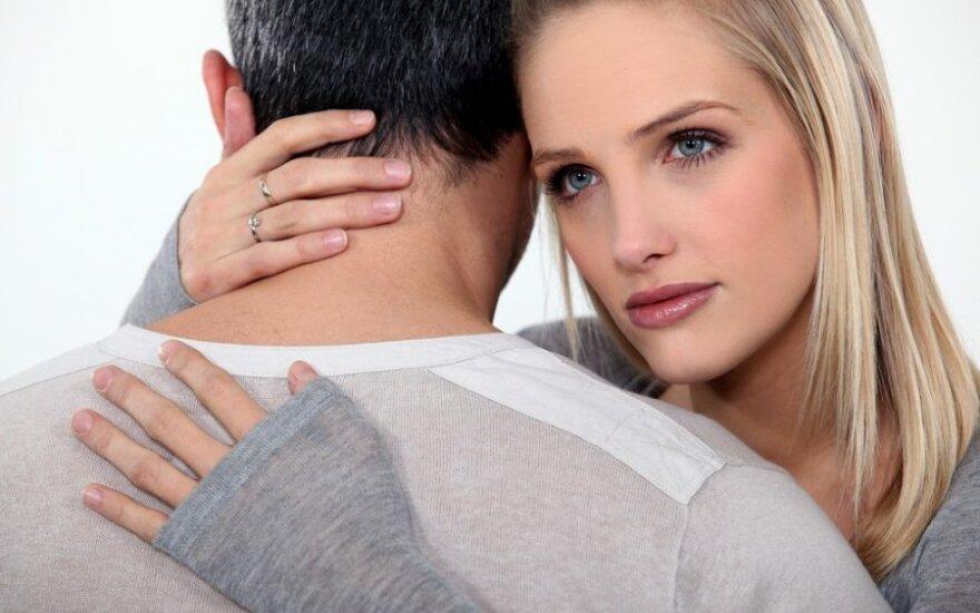 Esate laiminga santykiuose ar tik apgaudinėjate save?