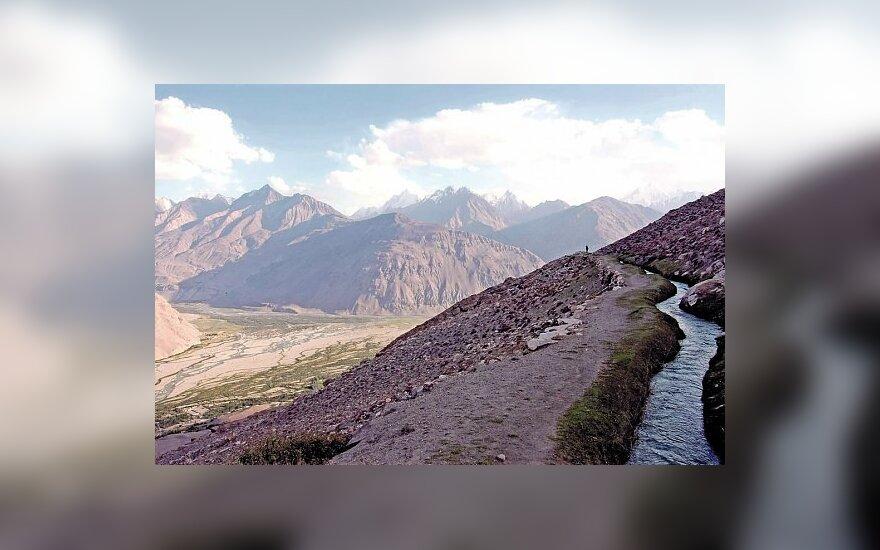 Žvilgsnis į Pamyro kalnus Afganistano teritorijoje, 2008 m.