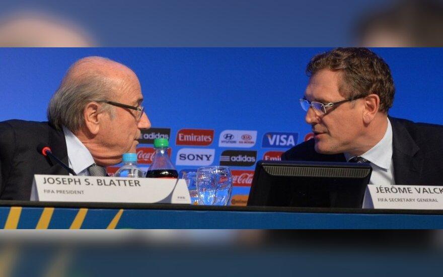 Buvę FIFA vadovai sau skyrė 80 mln. JAV dolerių premijas