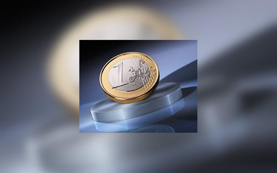 ECB greitesniam euro įvedimui sako ne