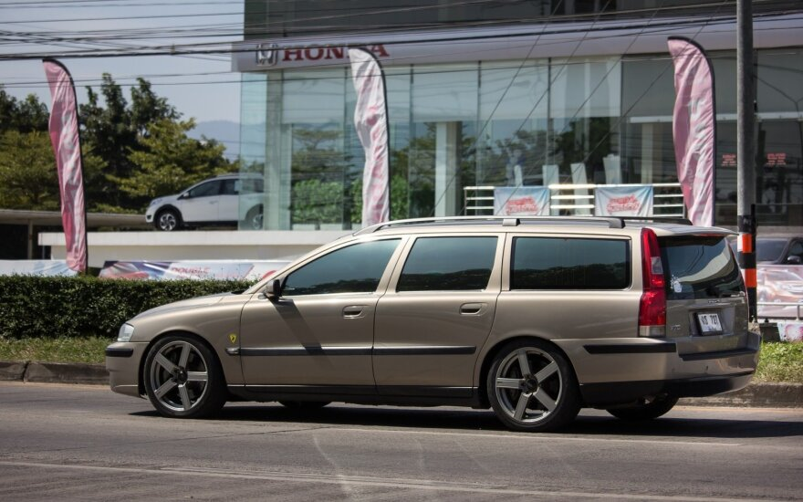 """""""Volvo V70"""""""