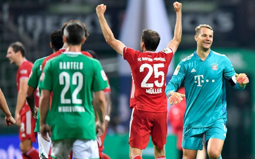 """Pergalės šokis lietuje: """"Bayern"""" – ir vėl Vokietijos čempionas"""