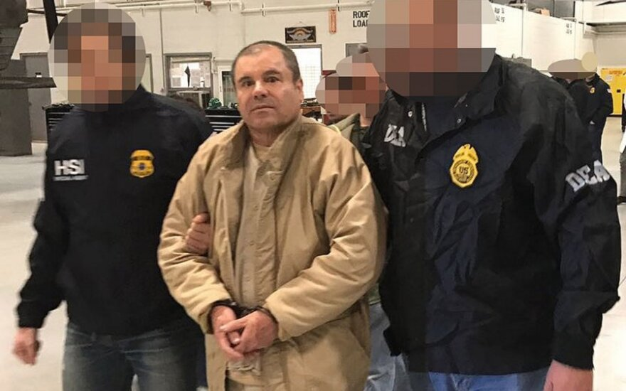 """Joaquinas Guzmanas (""""El Chapo"""")"""
