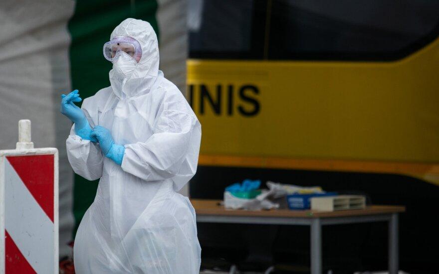 Policija pradėjo tyrimą dėl Ukmergės medikės veiksmų: įtaria nusikalstamai platinus koronavirusą