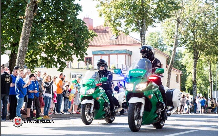 Pareigūnai prižiūrės eismo tvarką keliuose į festivalius