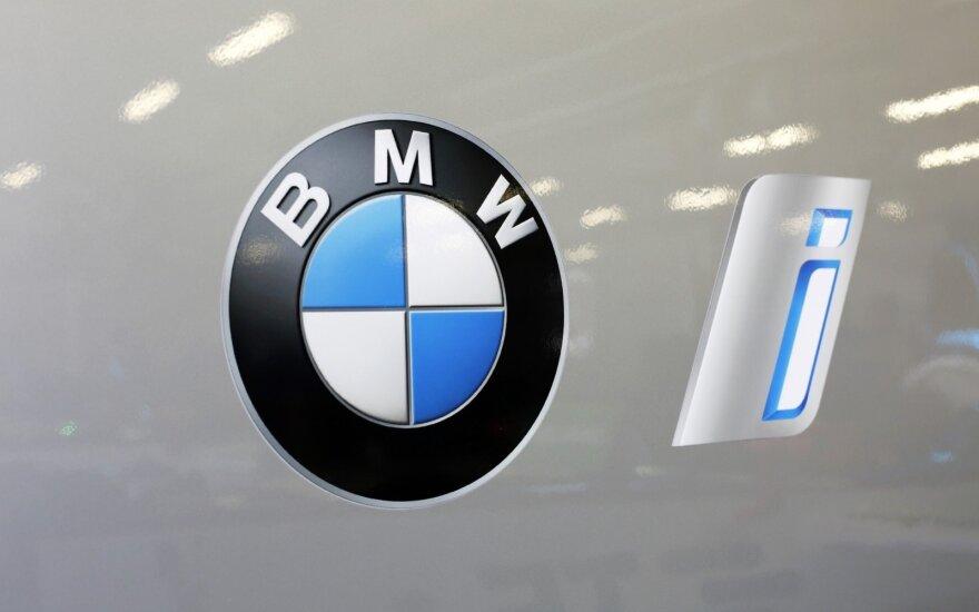 """BMW elektromobiliai debiutuos """"Formulės E"""" pasaulio čempionate"""