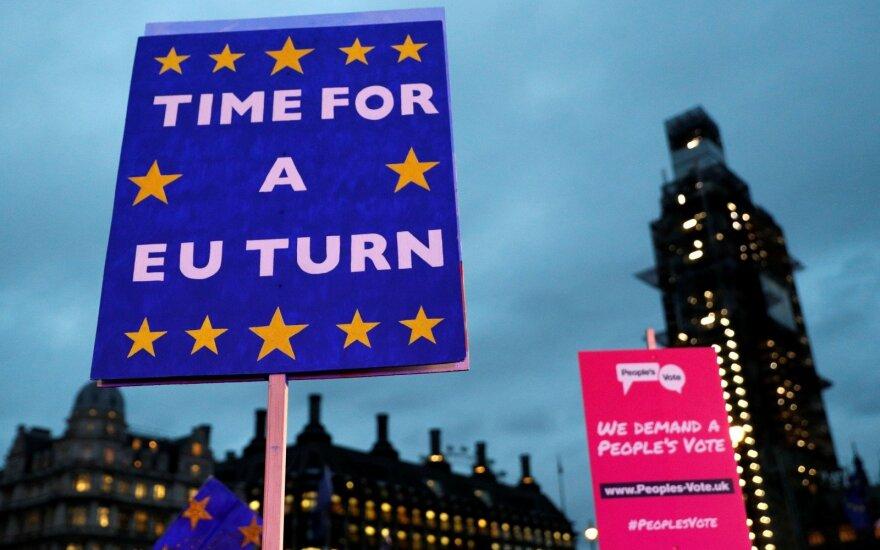 """Vokietija: pasiūlymų dėl """"Brexit"""" turi pateikti Britanija"""