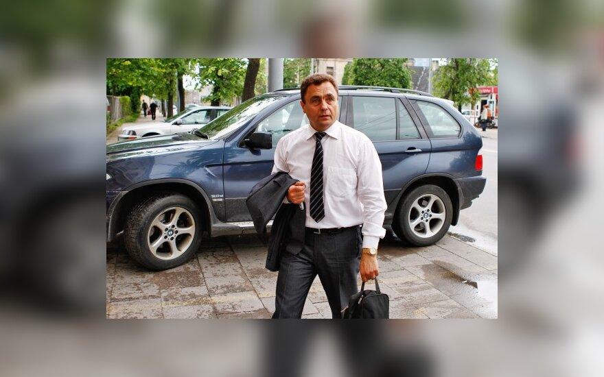 Lenkija atsiuntė notą dėl chuliganiško P.Gražulio elgesio keliuose