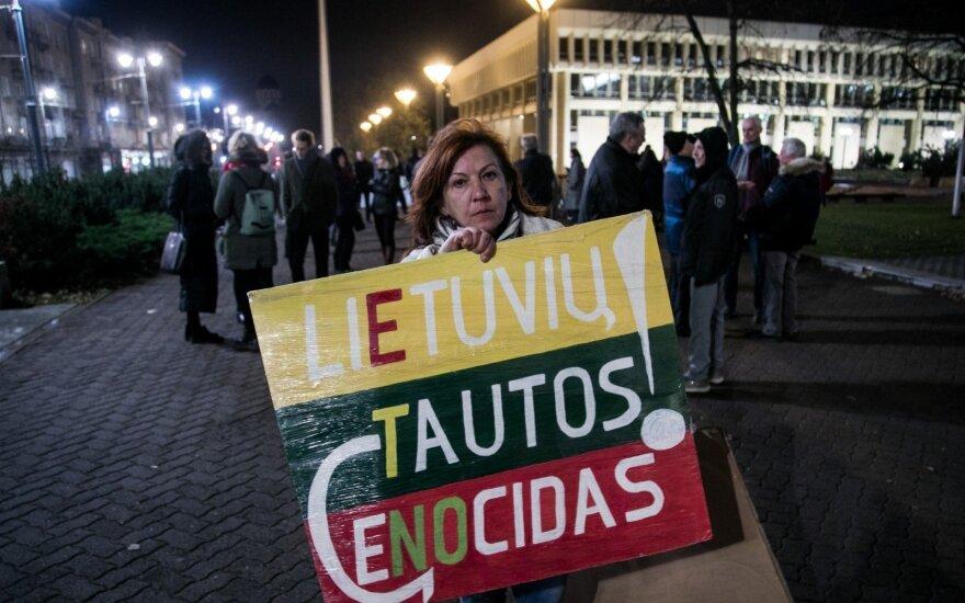 Į mitingą reikalauti stabdyti smurtą renkasi iš visos Lietuvos