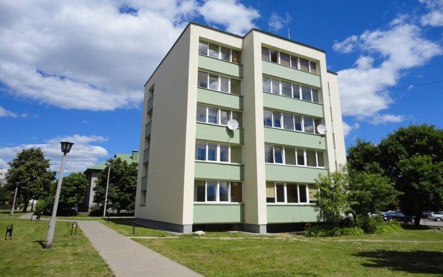 Renovuotas daugiabutis Vasario 16-osios g. 12, Ignalina