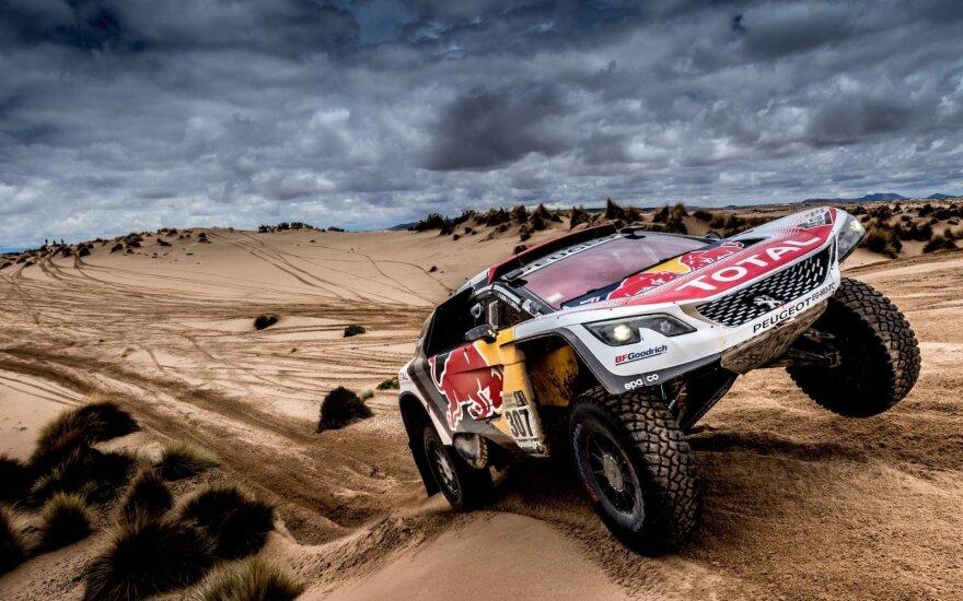 """""""Peugeot 3008 DKR"""" Dakaro ralyje"""
