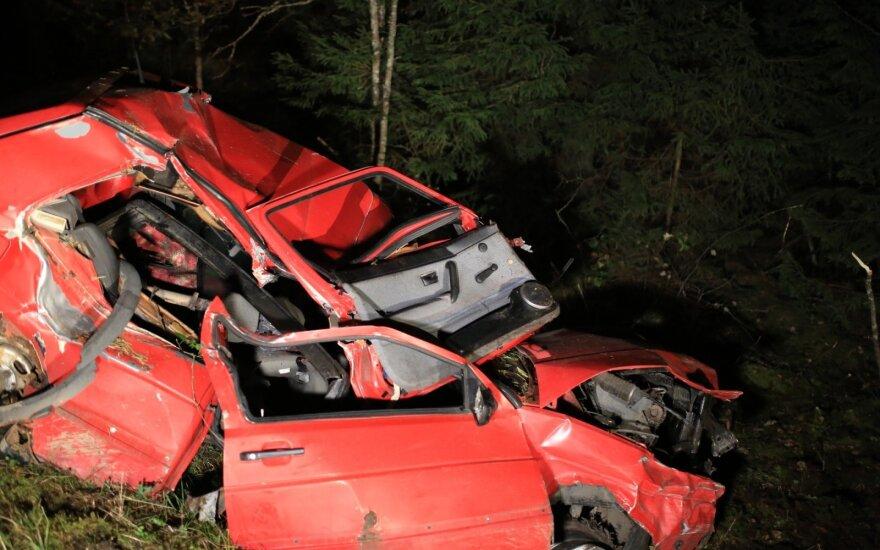 Tragiškos avarijos Vilniaus rajone: vienoje žuvo vairuotojas, kitoje vairuotojas ir keleivis