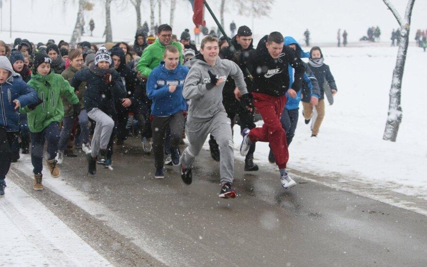 Laisvės gynėjų dieną Druskininkuose surengtas tradicinis bėgimas aplink Druskonio ežerą