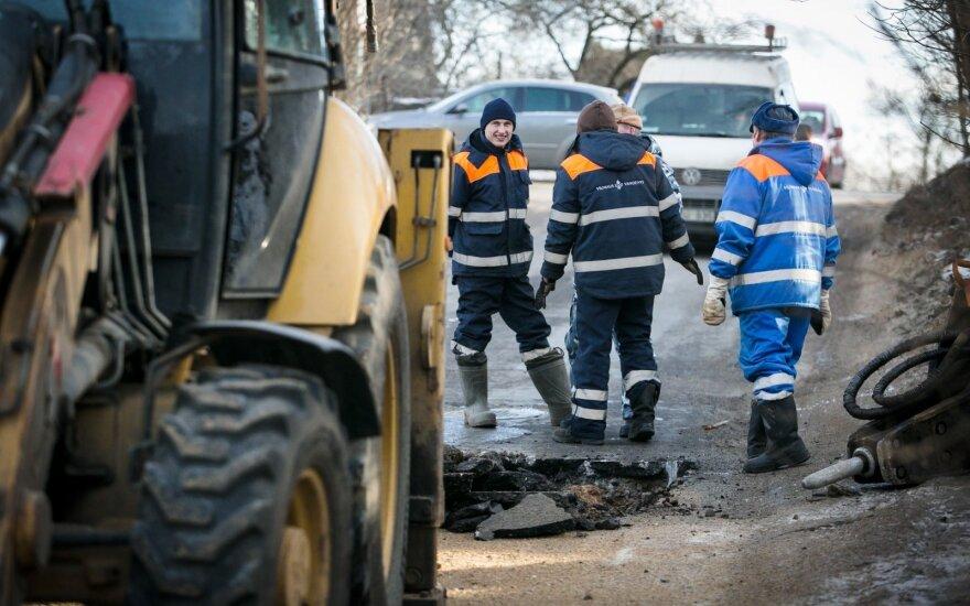 Vilniuje viena po kitos įvykusios vandentiekio avarijos sudomino policiją