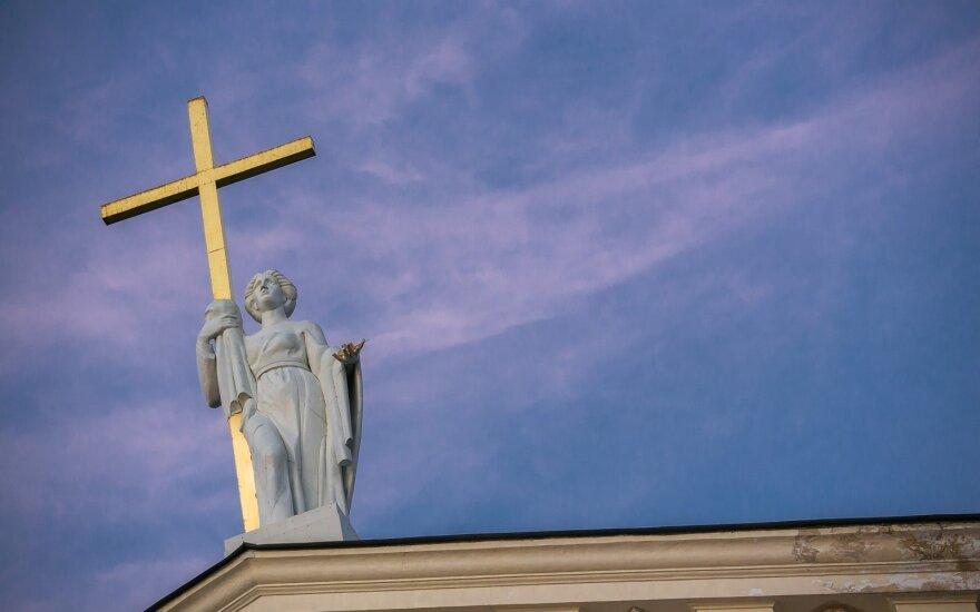 Italų profesorius Lietuvoje siūlo mažinti religijos įtaką kasdieniame ir socialiniame gyvenime