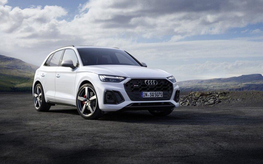 """""""Audi"""" atnaujino dyzelinį SQ5: nuo naujos pavarų dėžės, iki hibridinės sistemos"""