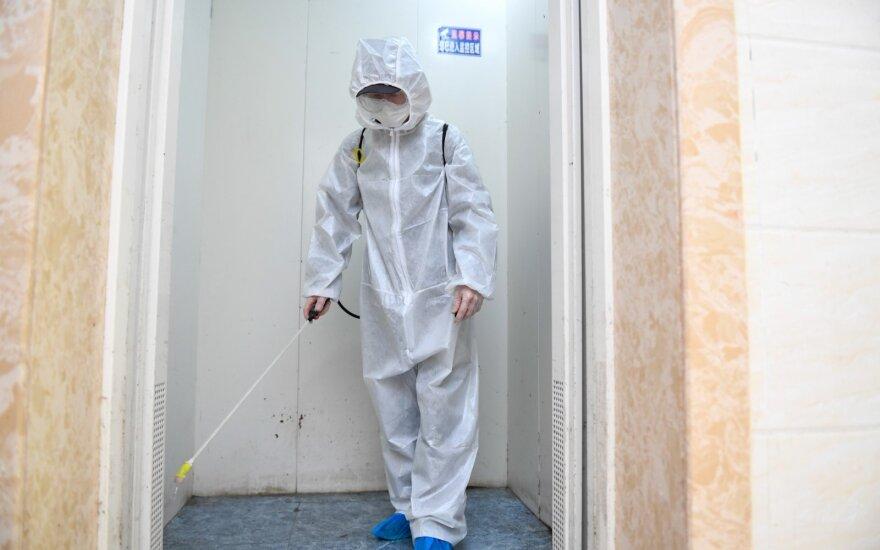 Azijos atsigavimą stabdo antroji viruso banga