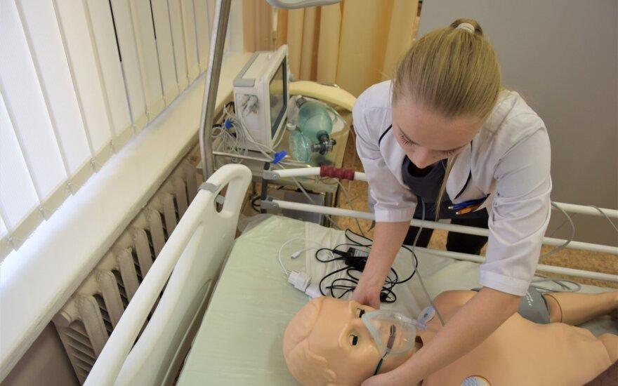 Šiaulių valstybinėje kolegijoje ruošiami slaugos specialistai