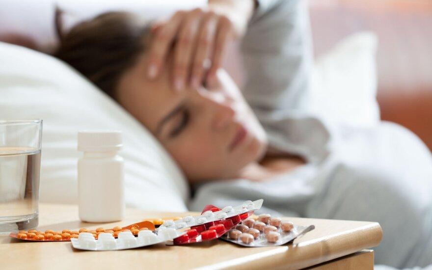 Ilgai besitęsiančios sveikatos problemos išvargino moterį.