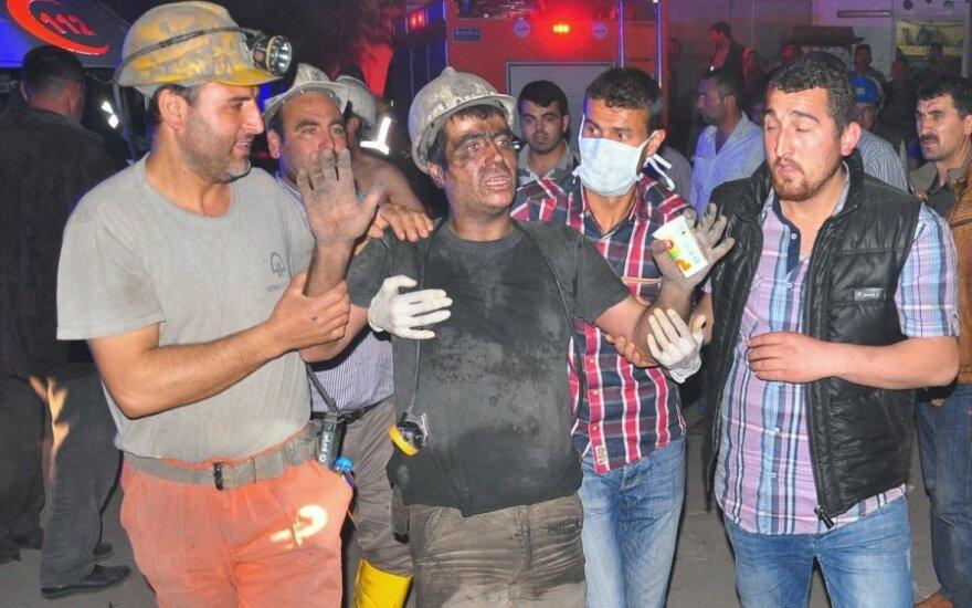 Turkijoje per gaisrą anglies kasykloje žuvo 20 žmonių
