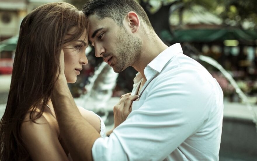 Ištekėjusi moteris atvirai apie nuotykius Turkijoje: kartą per metus galiu būti neištikima