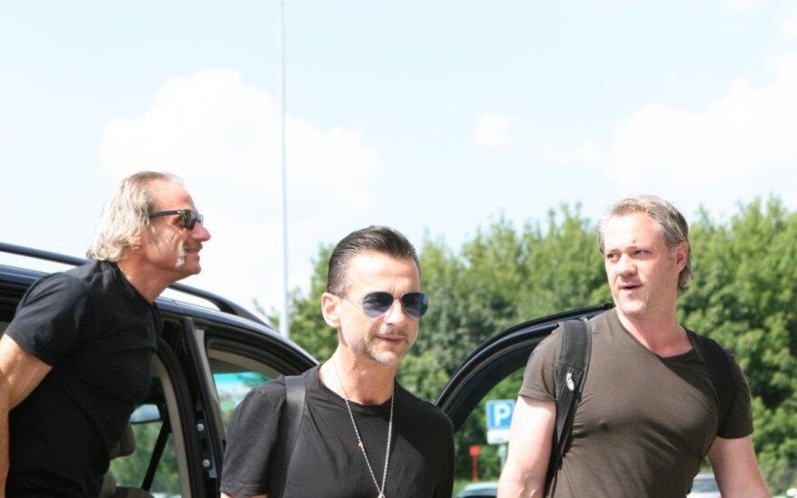 """""""Depeche Mode"""" lyderis Vilniaus oro uoste"""