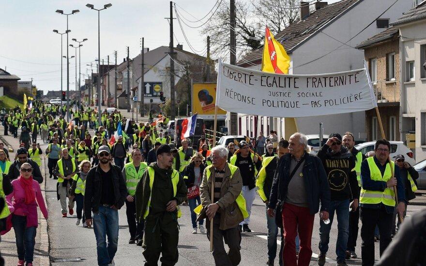 """""""Geltonųjų liemenių"""" protestas"""